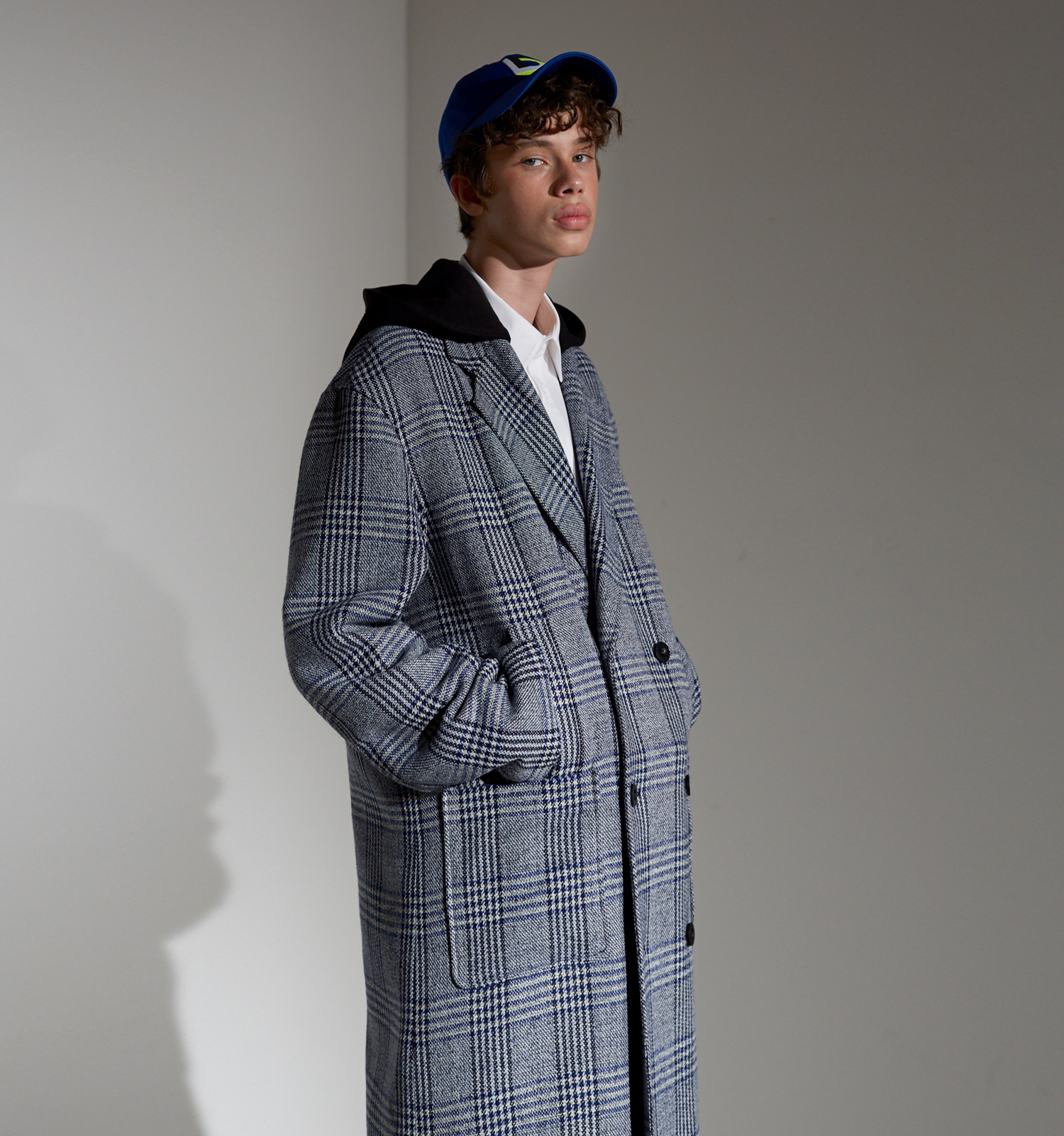 [18FW][시즌오프 30% 세일] Detachable Hood Check Coat (BL)