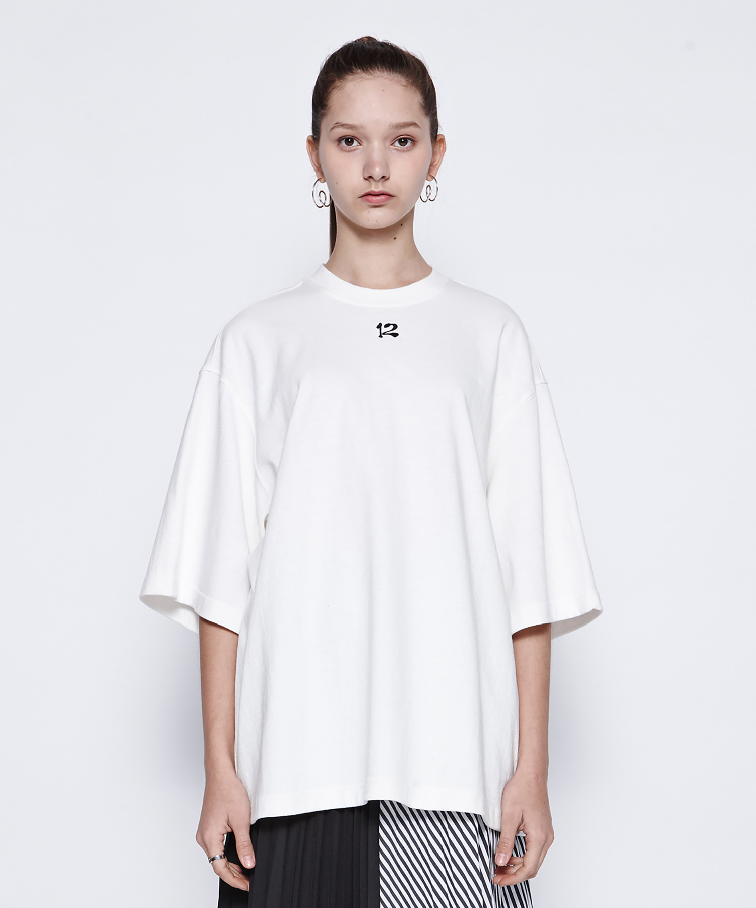 [DGNAK12][30% 세일] 12 Embroidery T-Shirts (WH)