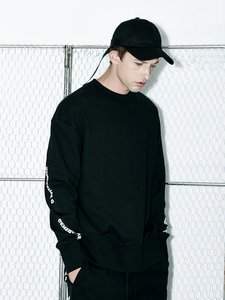 [Season Off 50% 세일]Twist Tape Sweatshirts (BK)