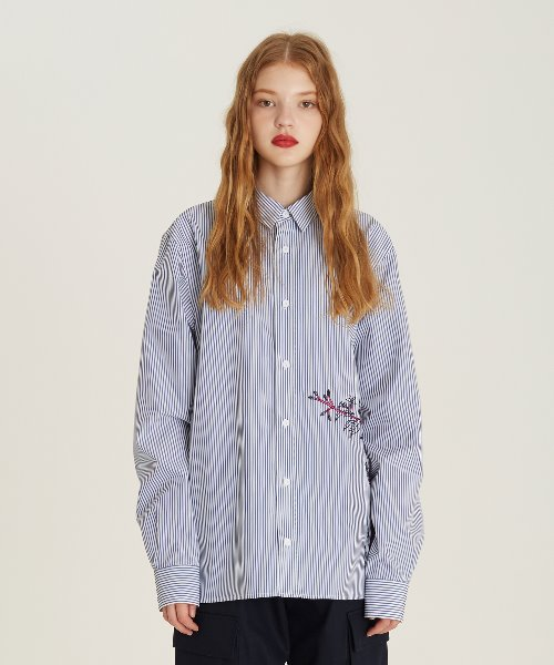 [18FW][60% 세일] Flower Embroidery Stripe Shirts(BL)