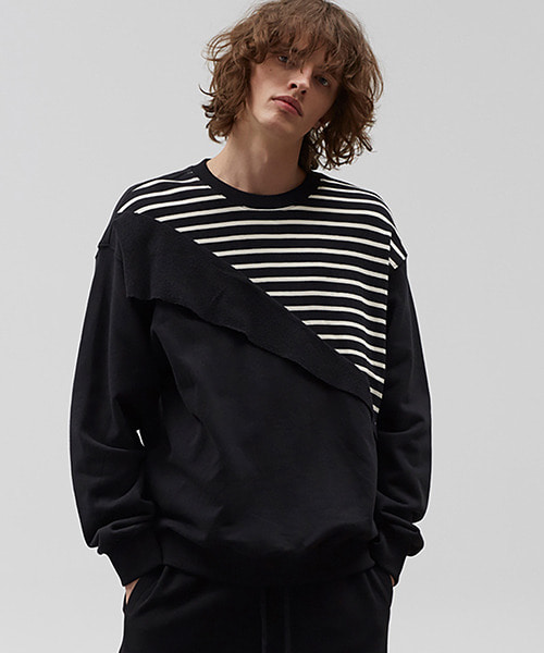 [19SS][60% 세일] Diagonal Stripe Sweat Shirts (BK)
