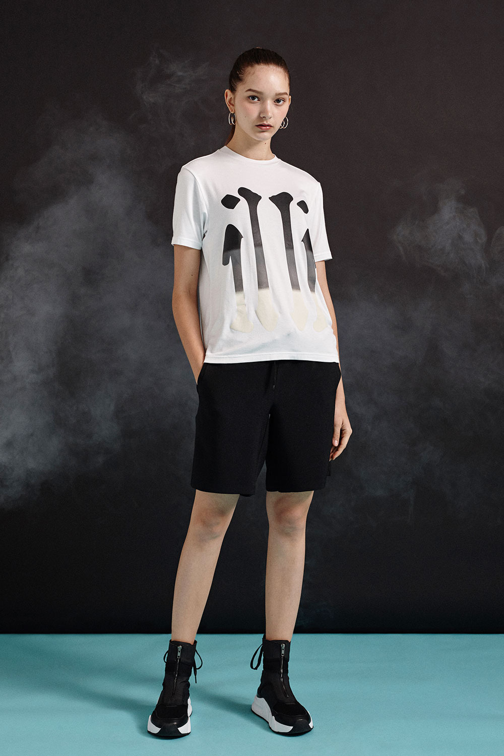 [19SS][70% 세일] illi Big Print T-Shirts (WH)